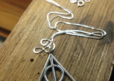 Pendente Harry Potter. / Harry Potter pendant.